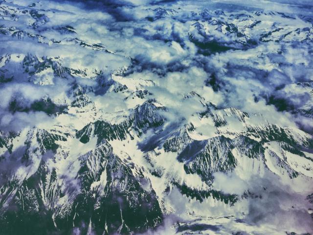 Flug über die Schweizer Alpen. Foto: Jan Graber, 2015.