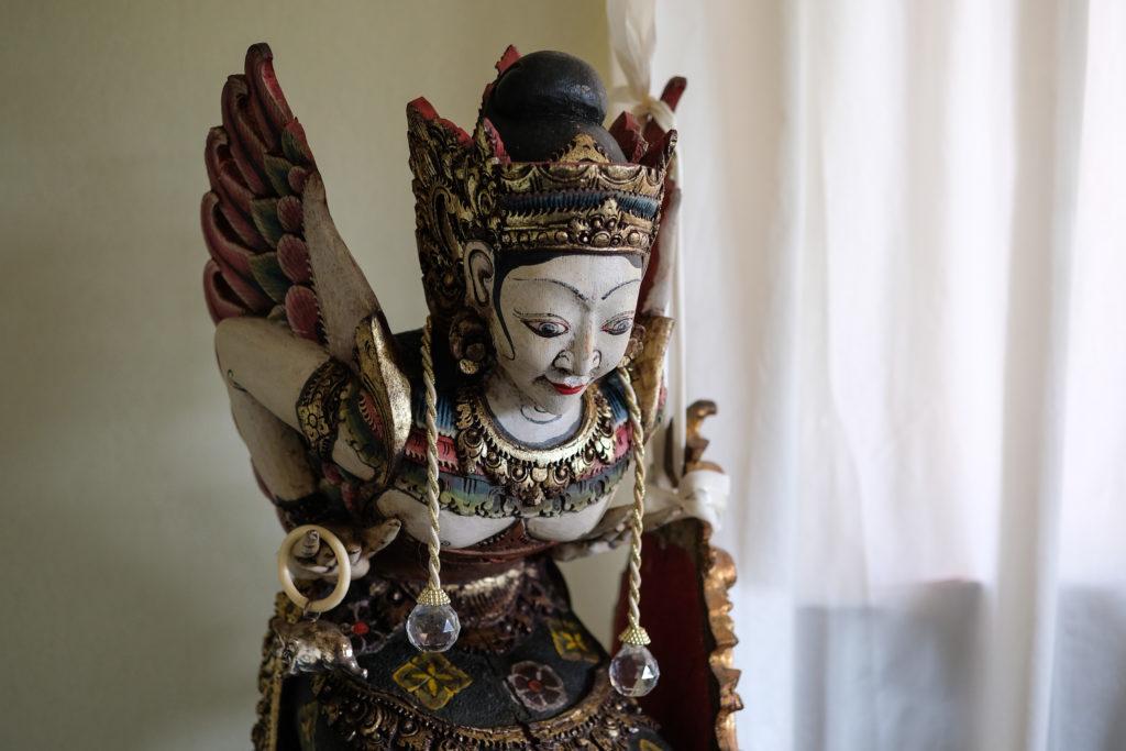 Beflügelnd: Derivade, die balinesische Mondgöttin.